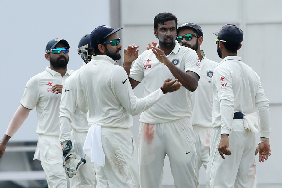 India bat after Ashwin six-for secures 258-run lead