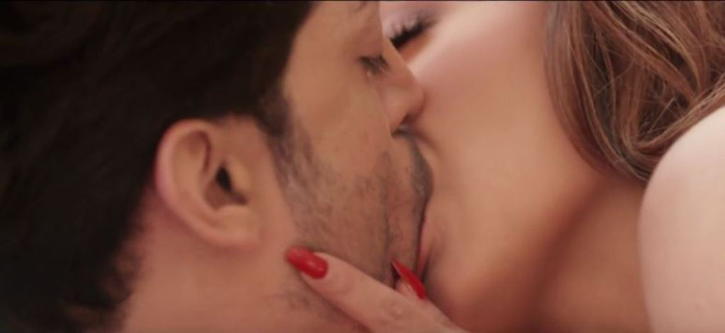 Film-Wajah-Tum-Ho-Trailer-Released-Sana-Khan-Rains-Hotness-2