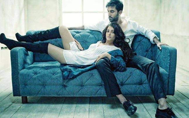 Aishwarya, Ranbir's Too Much HOT Chemistry In This photo