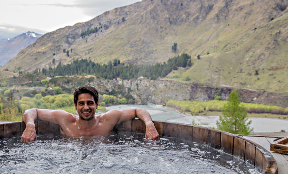 busy-sidharth-taking-some-time-off-to-new-zealand-1