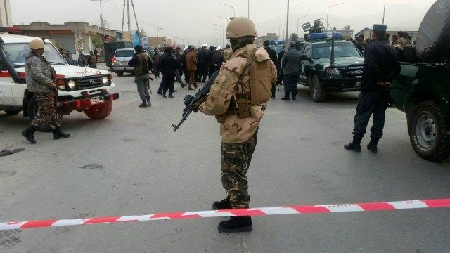 521520-kabul-shia-mosque-blast-reuters