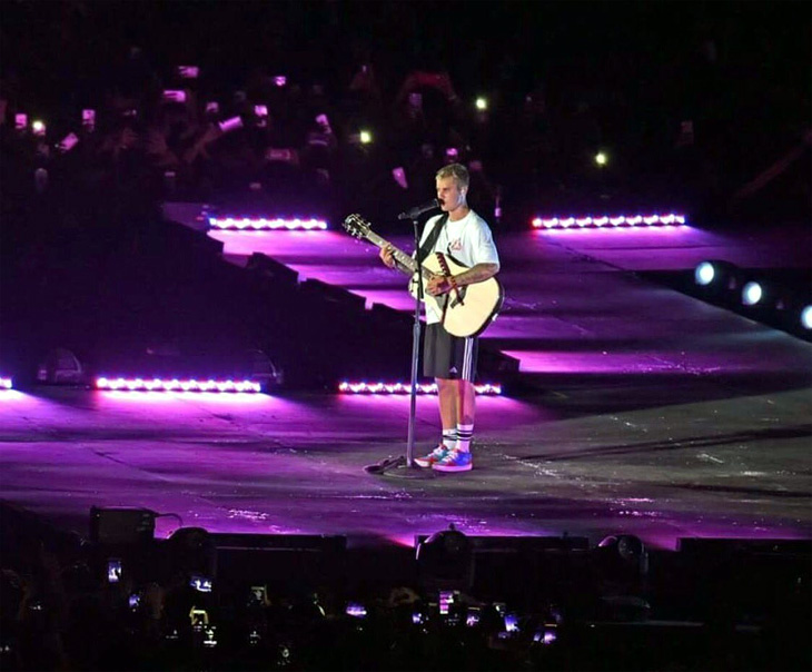 Justin @Live-2